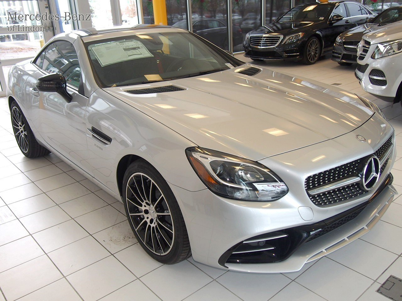 New 2017 mercedes benz slc amg slc43 convertible in for 2017 mercedes benz winter event