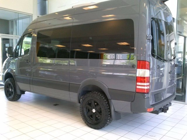 New 2017 mercedes benz sprinter passenger vans full size for Mercedes benz passenger van